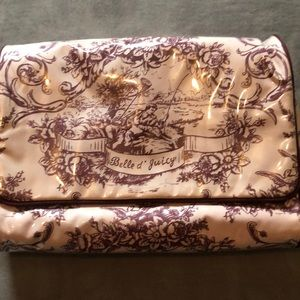 Juicy Couture Toiletry bag